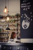Bryggeri för Brouwerij 't IJ i Amsterdam Nederländerna Mars 2015 arkivbilder