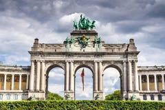 Bryssel Belgien - Cinquantenaire royaltyfria foton