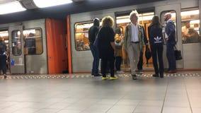 Bryssel Belgien - 9 Juli 2019 - tunnelbanastation arkivfilmer