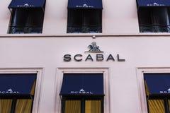 Bryssel brussels/Belgien - 13 12 18: det scabal lagret undertecknar in brussels Belgien arkivfoton