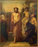 Bryssel - Jesus för Pilate av Jean Baptiste van Eycken (1809 - 1853) i Notre Dame de la Chapelle Royaltyfria Bilder