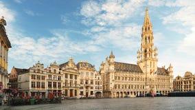 Bryssel - storslaget ställe på natten, inget, Belgien arkivfoton