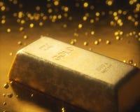 Bryta guld- klumpar Royaltyfri Fotografi