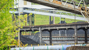 Bryta infrastruktur i Silesia, Polen Royaltyfria Bilder