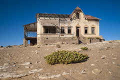 Bryta town Kolmanskop för spökediamant Royaltyfri Fotografi