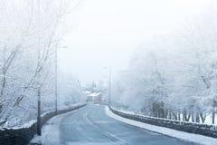 Brytyjska wsi mgła, śnieg i Zdjęcia Stock