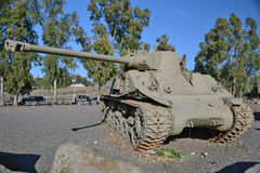 Brytyjski centurionu zbiornik instalujący przy pomnikiem przy Katzrin Obraz Royalty Free