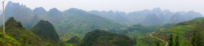 Brzęczenia Giang górzysty region w Wietnam Zdjęcia Stock