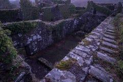 Brzask na grodowych ruinach Fotografia Royalty Free