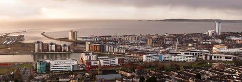 Brzask nad Swansea miastem Zdjęcie Stock