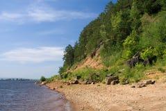 brzeg rzeki Zdjęcia Royalty Free