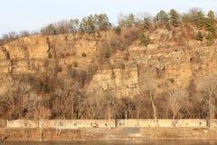 Brzeg rzeki podczas zmierzchu Zdjęcie Stock