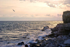 brzegowy góry skały morze Zdjęcia Stock