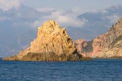 brzegowy śródziemnomorski skalisty Obrazy Royalty Free