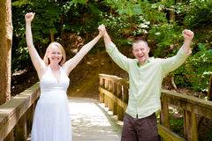 Brzemienność: Para Excited je będzie rodzicami zdjęcia royalty free