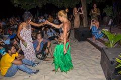 Brzucha tancerza spełnianie Obrazy Royalty Free