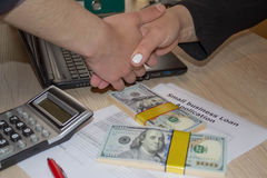 Btart δάνεια επιχειρήσεων για την κακή πίστωση Επιχειρησιακά δάνεια ενάντια σε ομο στοκ φωτογραφίες