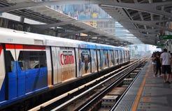 BTS Skytrain in Bangkok viert Dertien Jaar Royalty-vrije Stock Foto's