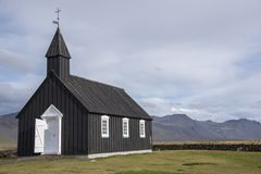 Buðir黑人教会, Snæfellsness半岛9的南部的边缘 库存图片