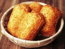 Buñuelos chinos de la pasta del germen de sésamo Imagen de archivo libre de regalías