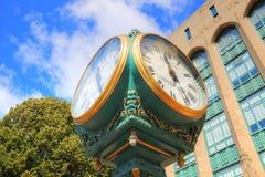 BU de Universitaire ingang van Boston stock afbeeldingen