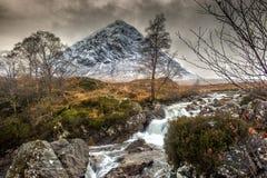 Buachaille Etive Mor, Glencoe i vinter royaltyfri foto