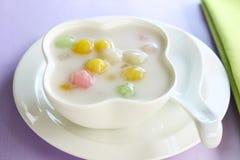 Bualoy, Tajlandzki deser Ryżowa piłka w kokosowym mleku fotografia royalty free