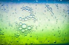 Bubbla bakgrunder, flytande, abstrakt begrepp, vatten som är genomskinligt, cirkel Fotografering för Bildbyråer