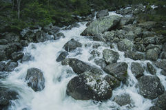Bubblandebergflod Arkivbild