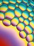 bubbles färgrik tvål royaltyfri bild