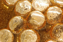 bubbles glass golden Royaltyfri Foto
