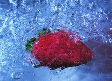 bubbles jordgubben Fotografering för Bildbyråer