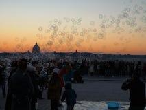 bubbles solnedgången royaltyfria foton