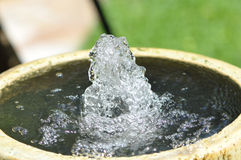 Bubbling water fountain Royalty Free Stock Photos