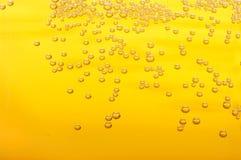Bubblor i öl. Fotografering för Bildbyråer