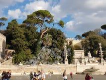 Bubblor i Piazza del Popolo royaltyfria bilder