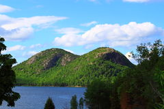 Bubblor Jordan Pond Acadia National Park Royaltyfria Bilder