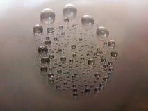 Bubblor på yttersida av metall Arkivbild