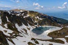 Bubreka или почка озера Babreka сформировали озеро, горы Rila, Болгарию Стоковая Фотография RF