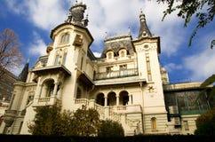 Bucarest - palacio de Kretzulescu imagenes de archivo