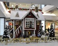Bucareste, o 5 de janeiro - decoração dos contos de fadas do Natal Fotos de Stock Royalty Free