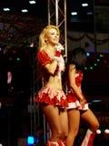 BUCARESTE, ROMÊNIA - 20 DE DEZEMBRO DE 2014: Andreea Balan no concerto do Natal Fotos de Stock Royalty Free