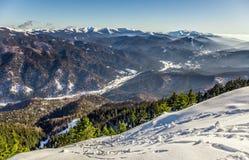 Bucegi-Berge angesehen von Postavarul-Spitze, Brasov, Siebenbürgen, Rumänien stockfoto