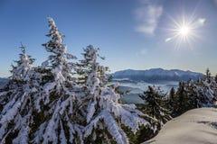 Bucegi-Berge angesehen von Postavarul-Spitze, Brasov, Siebenbürgen, Rumänien lizenzfreie stockbilder