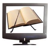 Buch auf Fernsehapparat Lizenzfreies Stockfoto
