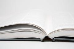 Buch geöffnet Stockbild