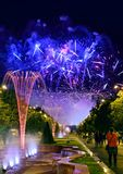 Bucharest årsdagdagar, fyrverkerier festar och beröm Fotografering för Bildbyråer