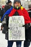 Bucharest protest - 15th dag 8 Arkivbilder