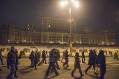 Bucharest protest mot regeringen Fotografering för Bildbyråer