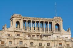 """Bucharest Rumänien †""""Januari 10: Del av gammal byggnad Royaltyfria Bilder"""